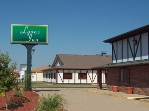 Lyons Inn Lyons