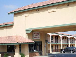 Wayside Motel West Covina