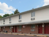 Center Valley Motor Lodge