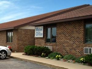 Charmont Motel Cass City
