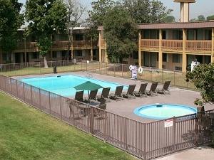 Hotel Claremont And Tennis Clu