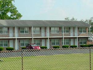 Twins Motel Strasburg