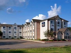 Microtel Inn & Suites Detroit / Roseville