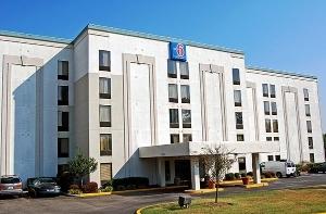 Motel 6 Louisville Airport