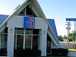 Motel 6 Monroe Mi