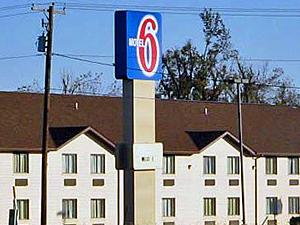 Motel 6 Metropolis Il