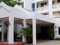 Sunrise Resort Apartments And