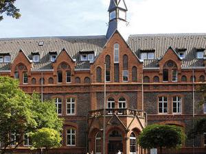 Mutterhaus Hotel Und Tagungsze