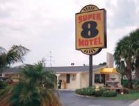 Super 8 Motel Lantana