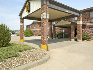 Super 8 Independence Ks