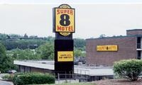 Super 8 Nashville I 24 East