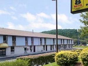 Super 8 Motel - Etters/Harrisburg Area