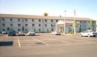 Super 8 Motel - Roseburg