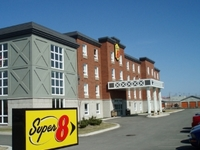 Super 8 Hotel St Jerome