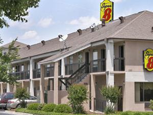 Super 8 Motel - Lumberton