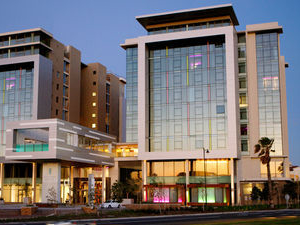 African Pride Crystal Towers Hotel & Spa
