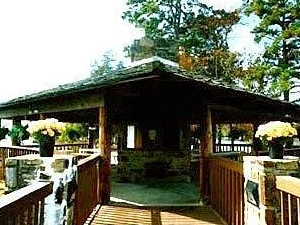 Lake Hamilton Resort