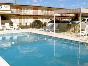 Knights Inn Laura Lodge Pecos TX
