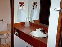 Crown Pacifiq Motel
