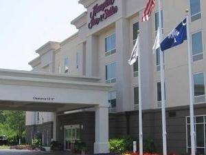 Hampton Suites Clinton Interstate 26