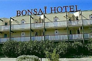 Bonsaï Hotel Vitrolles