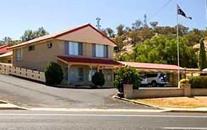 Alabaster Motel Cowra
