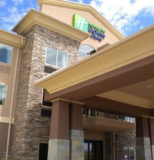 Holiday Inn Express Hotel & Suites Hays