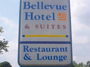 Magnuson Hotel and Suites Bellevue