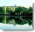 Hilton Milwaukee River