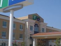 Holiday Inn Express and Suites Georgetown