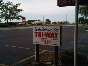 The Triway Inn Motel