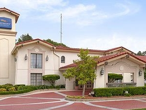 Baymont Inn & Suites Longview