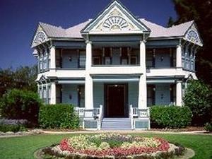 Blue Violet Mansion