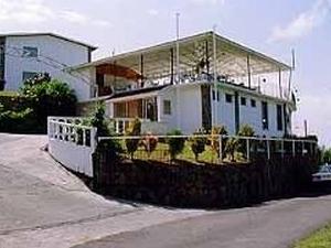 Tropic Breeze Hotel