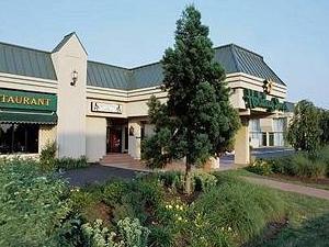 Holiday Inn Harrisburg - PA Tpk Exit 40A