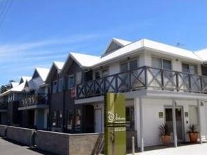 The Victoria Apartments