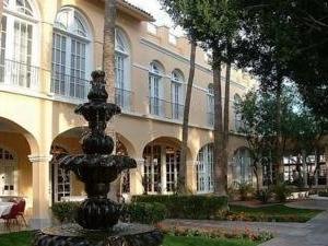 Crowne Plaza San Marcos Resort