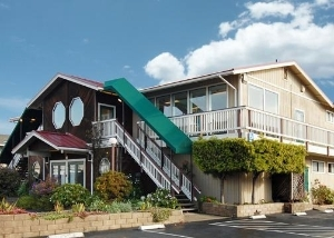 Quality Inn And Sts Tradewinds