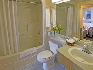 Quality Suites Windsor