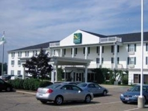 Quality Inn And Suites Confere