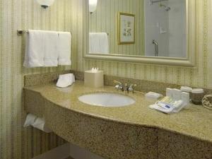 Residence Inn Marriott Apt Wes