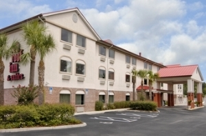 Red Roof And Suites Ocala