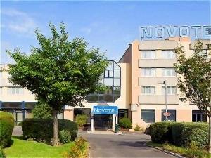 Novotel Orleans Charbonniere
