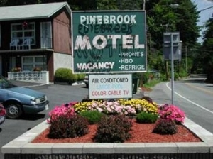 Pine Brook Motel