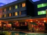 Cresta Oasis Hotel
