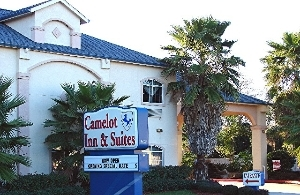 Camelot Inn And Suites