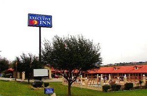 Zapata Falcon Executive Inn