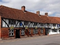 Legacy Rose and Crown Hotel