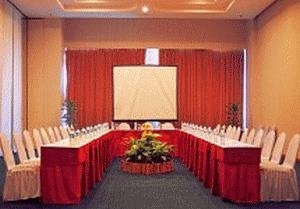 The Ritzy Hotel Manado