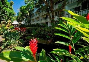 Uncle Billy's Hilo Bay Hotel